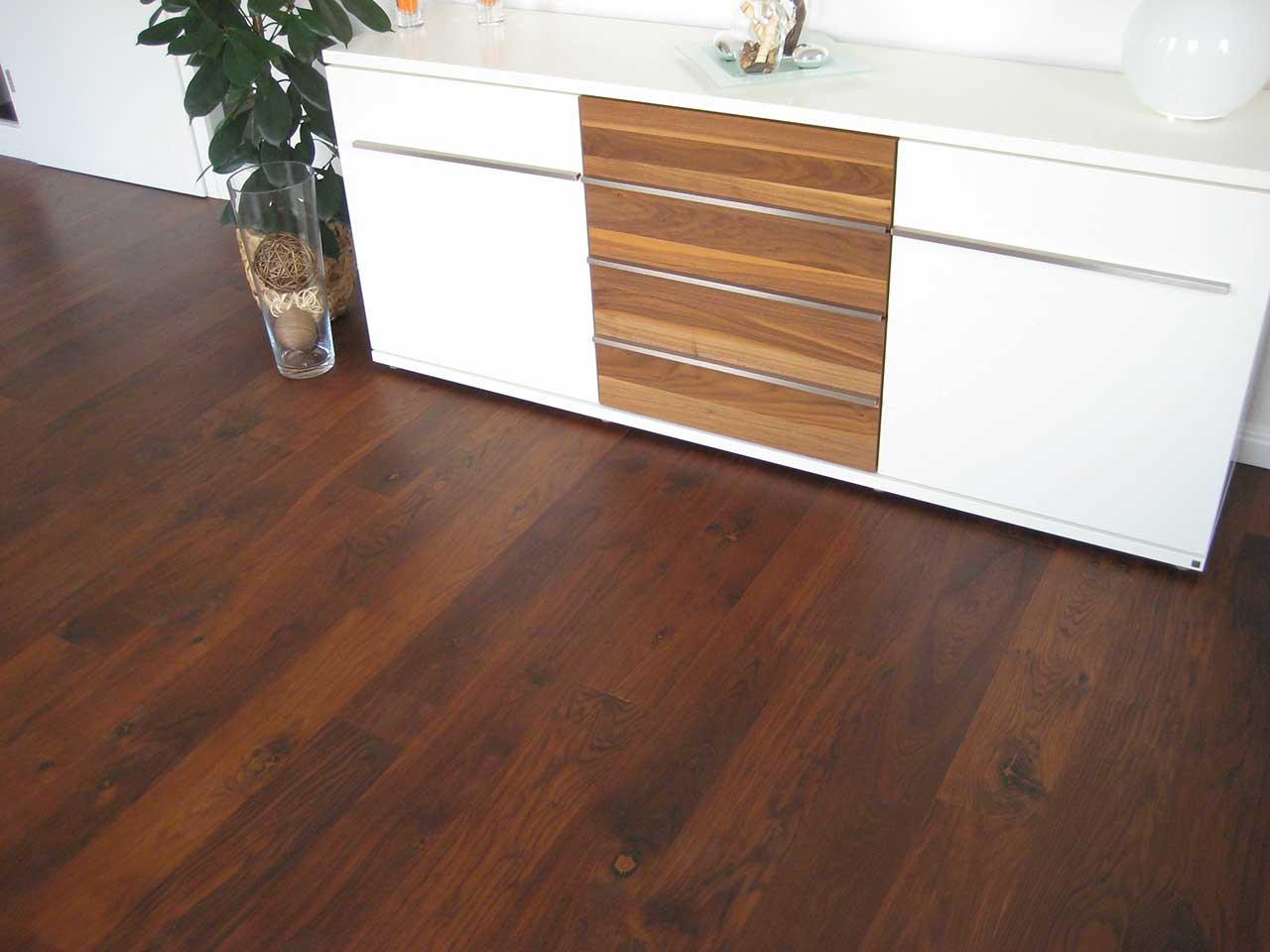 dielenboden ge lt rozyn parkettb den. Black Bedroom Furniture Sets. Home Design Ideas